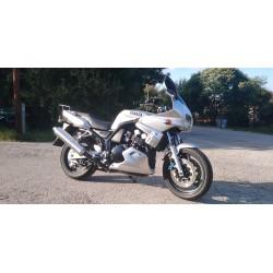 Yamaha FZS 600 Fazer, r.v....