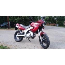 Yamaha TDR 125, r.v. 2001