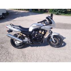 Cestný motocykel Yamaha FZS...
