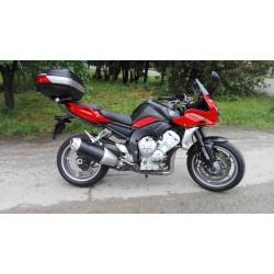Cestný motocykel Yamaha FZ1...